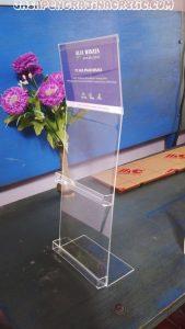 Jual Display Stand Akrilik Ciracas Jakarta Timur
