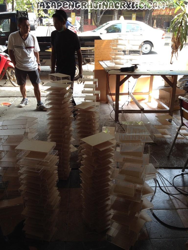 Jasa Pengrajin Akrilik di Senen Jakarta Pusat