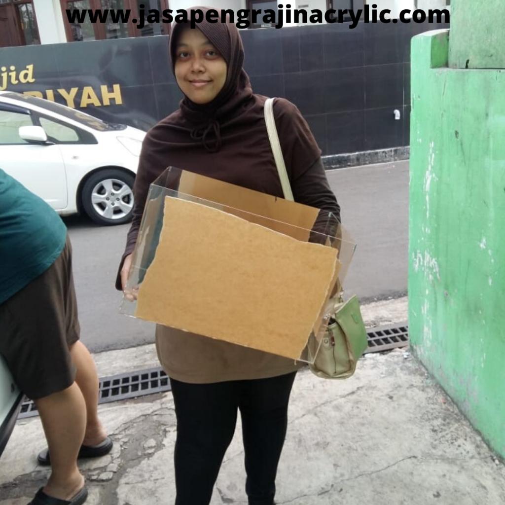 Jasa Pembuatan Acrylic Radio Dalam Jakarta Selatan