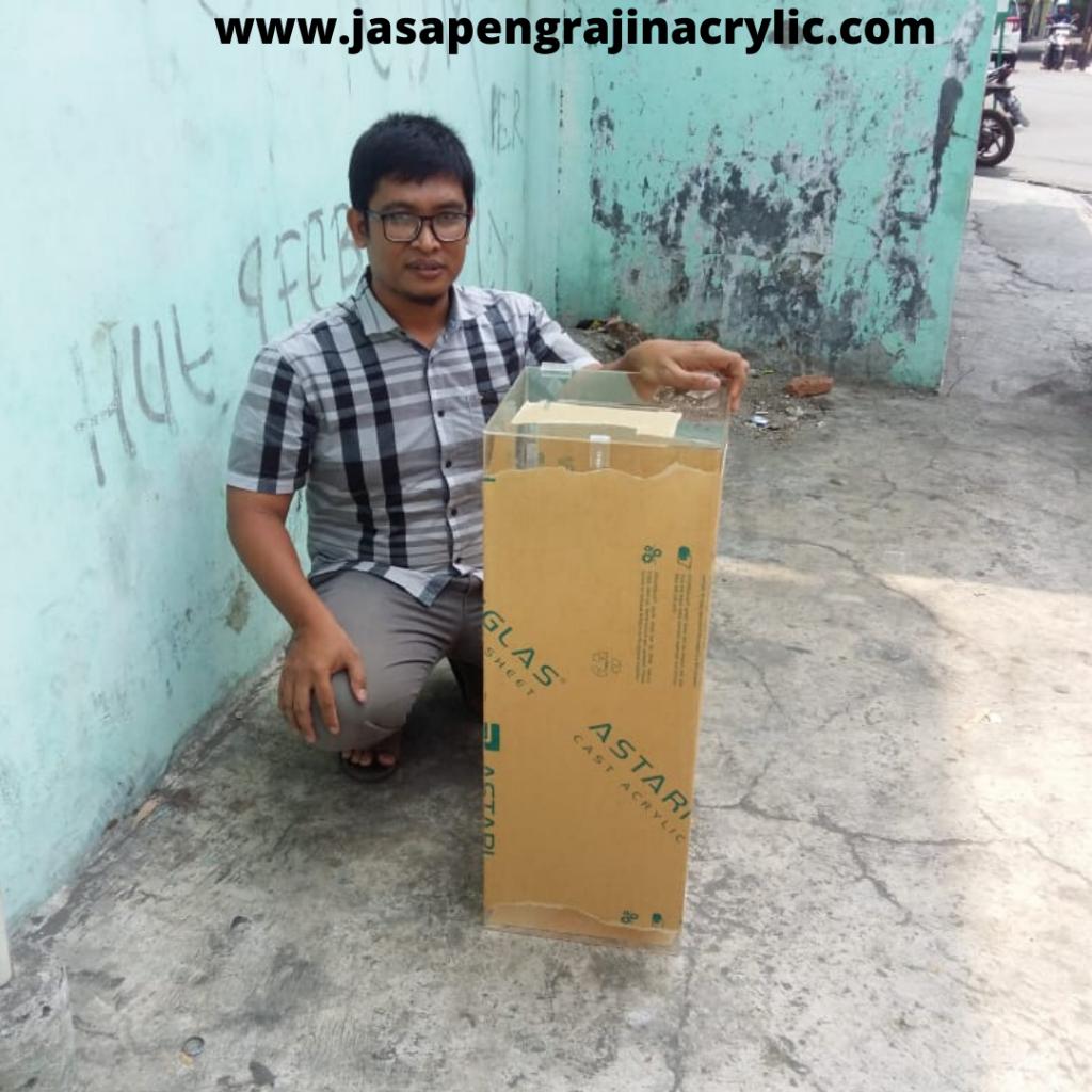 Jasa Pembuatan Acrylic di Radio Dalam Jakarta Selatan