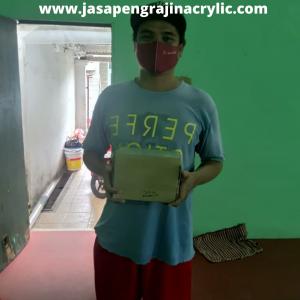 Jasa Pembuatan Acrylic Jatiwaringin Bekasi