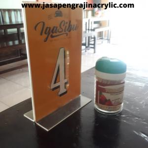 Jual Display Stand Acrylic di Jakarta Timur